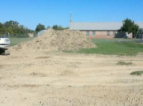 Elementary wing - extra topsoil